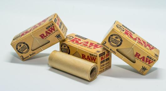 RAW rolling papers packs | Smoke Proper Rolling Accessories